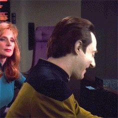 Some like it Hoth Watch Star Trek, Star Trek Show, Star Terk, Star Trek Data, Star Trek Images, Star Trek Characters, Star Trek Universe, Karl Urban, Love Stars