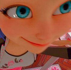 Miraculous Ladybug Fanfiction, Miraculous Characters, Miraculous Ladybug Fan Art, Ladybug Y Cat Noir, Meraculous Ladybug, Ladybug Comics, Funny Profile Pictures, Miraculous Ladybug Wallpaper, Funny Phone Wallpaper