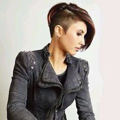 Such haircuts are also excellent for people dealing with hair loss. The greatest short pixie haircuts are those that… Short Pixie Haircuts, Short Hair Cuts, Short Hair Styles, Pixie Cuts, Undercut Hairstyles, Funky Hairstyles, Short Undercut, One Side Shaved Hairstyles, Half Shaved Hair
