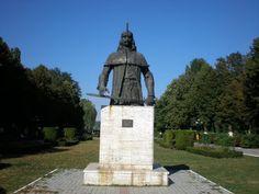 Vlad the Impaler (Vlad Ţepeş) (Dracula) 30 Days Of Night, Vlad The Impaler, Historical Fiction Books, Count Dracula, Graveyards, Medieval Times, Dark Places, Werewolves, Haunted Places