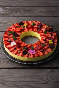 lamaie mare 9 Vegan Catering, Raw Vegan, Acai Bowl, Pie, Breakfast, Food, Acai Berry Bowl, Torte, Morning Coffee