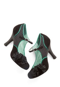 You Look Lively! Heel - Mid, Woven, Black, Green, White, Polka Dots, Flower, Trim, Party, Vintage Inspired, 50s, Mary Jane
