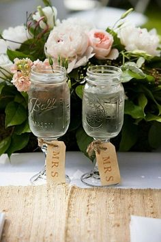 Mrs. and Mrs. Mason jars, Cute Lesbian Wedding Ideas, http://hative.com/cute-lesbian-wedding-ideas/,