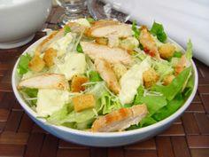 Salada caesar com frango