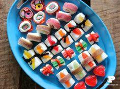 Candy Sushi Lets make the best looking sushi, of candy. Candy Sushi Lets make the best looking sushi, of candy. Dessert Sushi, Cute Food, Good Food, Yummy Food, Yummy Treats, Sweet Treats, Sushi Party, Diy Sushi, Sushi Ideas
