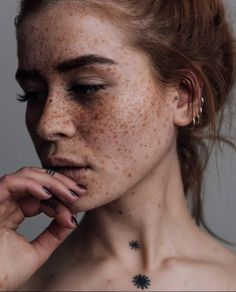 Red Hair Freckles, Redheads Freckles, Freckles Girl, Women With Freckles, Freckle Photography, Portrait Photography, Photography Tips, Street Photography, Landscape Photography