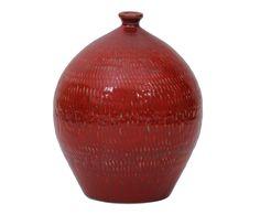 IFD2Vaso Dang#IFD2 #vaso #objetosdedecoração#vermelho #formatos #textura #red…