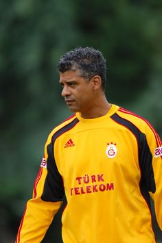 Frank Rijkaard Football Players, Trainers, Legends, Number, Adidas, Sports, Soccer Players, Sneakers, Hs Sports