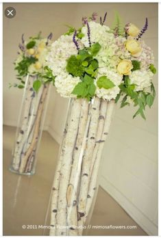 birch branches and flowers.use birch branches with taller twigs instead of flowers Ceremony Decorations, Wedding Centerpieces, Table Decorations, Table Centerpieces, Vintage Centerpieces, Vases Decor, Centerpiece Ideas, Deco Floral, Floral Design