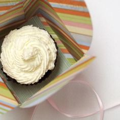 Printable Cupcake Box {Party Favor}