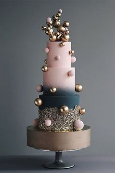 We've prepared the most trendy wedding cake styles for your inspiration. Сheck out top 10 wedding cake trends for every style, theme, and budget 😍 country chocolat mariage cake cake country cake recipes cake simple cake vintage Unique Cakes, Creative Cakes, Gorgeous Cakes, Amazing Cakes, Bolo Fashionista, Bolo Glamour, Wedding Cake Designs, Wedding Cakes, Wedding Themes