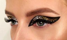 great dramatic eye make up- maybe for pole dancing? Black Eye Makeup, Dramatic Eye Makeup, Glitter Eye Makeup, Cat Eye Makeup, Simple Eye Makeup, Makeup For Green Eyes, Eye Makeup Tips, Makeup Eyeshadow, Eyeliner