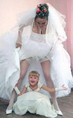 Wedding Humor, Wedding Pics, Wedding Dresses, Girls Dresses, Flower Girl Dresses, Funny, Fashion, Marriage Pictures, Bride Dresses
