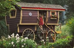 Classic Sheepwagon | TIMBER TRAILS: Enabling cabin, cottage, and tiny house builders with resources for fast, efficient, and affordable housing alternatives. Live Large -- Go Tiny! > > TimberTrails.TV