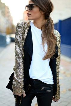 Wondering what to wear? Find outfit ideas, shopping, and street style inspiration to help you get dressed for work, dates, parties and more! Fashion Mode, Look Fashion, Winter Fashion, Womens Fashion, Street Fashion, Latest Fashion, Gold Sequin Jacket, Sequin Blazer, Gold Sequins