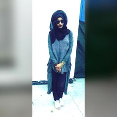 #Grey #Hijabi #WhiteSneakers #Sunglasses