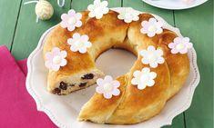 sütnijó! – Kipróbált sütemény receptek - Túrós-áfonyás koszorú (élesztős kelt tésztából)