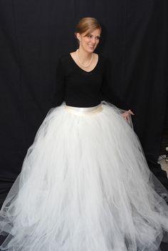 DIY Tulle Skirt. I WANT
