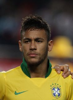 Neymar Photos - Neymar of Brazil poses during the international friendly match between South Korea and Brazil at the Sangam World Cup Stadium on October 2013 in Seoul, South Korea. - South Korea v Brazil - International Friendly Good Soccer Players, Football Players, Messi And Ronaldo, Hate Men, Like Instagram, Neymar Jr, Hair Images, Pompadour, Fc Barcelona