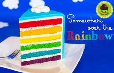 Wenn es einen Geburtstagskuchen Klassiker gibt, dann dann ist es der regenbogenfarbene Sichtkuchen mit dem prägnanten Namen Rainbow Cake. Bunt, fröhlich, kontrastreich und optisch ein wahres Highli…