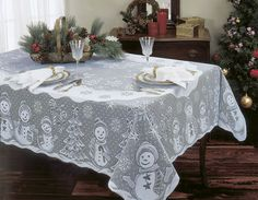 Snowman Family x Rectangle Tablecloth – Heritage Lace – Holiday and Winter Collection – « Mulberry Cottage Gifts Christmas Table Cloth, Christmas Decorations, Table Decorations, Holiday Decorating, Decorating Ideas, Christmas Snowman, Red Christmas, Christmas Ideas, Holiday Ideas