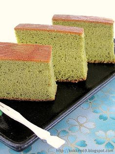 Matcha Castella- Japanese Sponge Cake 8 eggs 200g brown sugar ( original recipe featured 150g of cane sugar) 100ml milk 200g bread flour 20g green tea powder