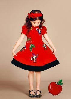 Dolce Gabbana niños, una nueva colección llena de color y elegancia