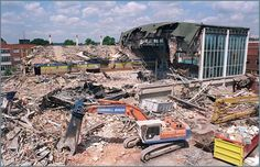 Yet more demolition. St Margaret's baths 2002. Little wonder that Leicester has been so well excavated. http://www.leicestermercury.co.uk/New-baths-splash-sank-trace/story-20777256-detail/story.html https://www.le.ac.uk/ulas/projects/margarets.html