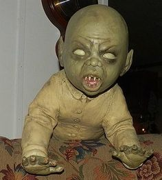 Lifesize Zombie Baby in Creepy Crawling Position | eBay