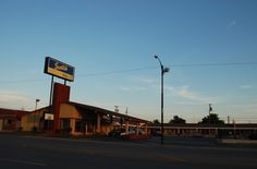 """Sunrise in Weatherford Oklahoma   """" Route 66 on My Mind """" http://route66jp.info Route 66 blog ; http://2441.blog54.fc2.com https://www.facebook.com/groups/529713950495809/"""