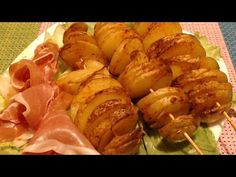 You can make this potato tornado chips(Bangkok Street Food) at home in just few minutes. It's a very delicious chips. Spiral Potato, Potato Recipes, Street Food, Baked Potato, Potatoes, Youtube, Meat, Vegetables, Bakken