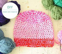4 bollen wol in diverse kleuren              haaknaald nummer 7 of 8  haakpatroon beanie  De steken die je gebruikt zijn  l : losse  v : vas...