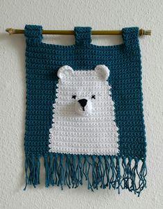 Crochet Wool, Crochet Cushions, Crochet Chart, Cute Crochet, Beautiful Crochet, Crochet Patterns, Diy Crochet Wall Hanging, Crochet Wall Hangings, Weaving Wall Hanging