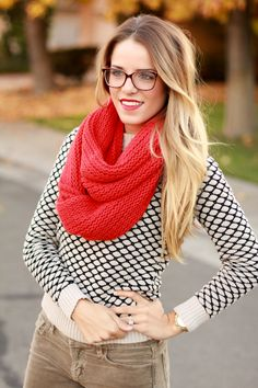 ombre hair, big red scarf, glasses. so cute.
