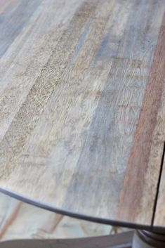 Weathered Oak Dining Table Makeover - Bless'er House Dining Table Makeover, Diy Dining Table, Oak Table, Kitchen Tables, Paint Furniture, Furniture Makeover, Furniture Repair, Furniture Refinishing, Furniture Projects