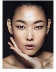 love the contouring on this korean model