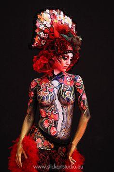 Maquillaje realizado por Corinne Pérez, directora y fundadora de Stick Art Studio, escuela de maquillaje artístico en Barcelona