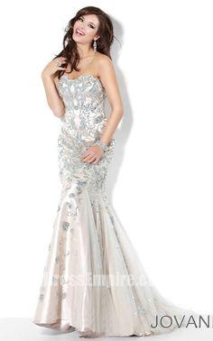 Jovani 3008 Dress | $640 | Beautiful Jovani prom dress.