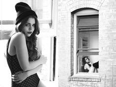 © Chloe Battesti    Black and white Portrait - Photography