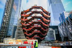 Gallery of Heatherwick's Copper 'Vessel' Tops Out at New York's Hudson Yards - 1