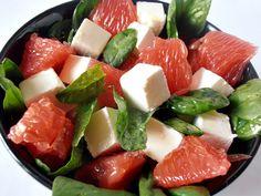Retete rapide | CAIETUL CU RETETE Caprese Salad, Fruit Salad, Hummus, Food And Drink, Gluten Free, Cooking, Recipes, Ice Cream, Diet
