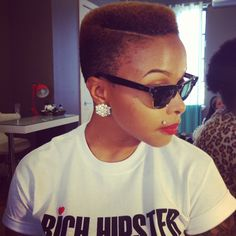 i dig this hair style, maybe i should try it out