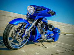 A blue bagger kind of Monday. #RideOne #raypublishing #getafterit #victorymotorcycles