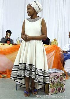 Inzwakazi yakwaNtu uMaDlomo, Madiba, Yem-Yem, Vela bambhentsele, Sophitsho, Ngqolomsila, ooZondwa ziintshaba zingasokuze simenze nto - Bongo Ntentile  Khawumphe amanqaku: 1 - 10  #ProudlyAfrican #AfricaDecade #AfricaCentury #AfricaMillennium #AfricaForever #XhosaCulture #Xhosa
