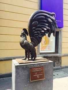 """""""El Hombre Gallo"""" de Sergio Bustamante en Tlaquepaque - Guadalajara - México"""
