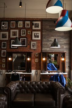 Right on Behance Barbershop Mr. Right on Behance Interior Design Gallery, Salon Interior Design, Studio Interior, Interior Decorating, Barber Shop Interior, Barber Shop Decor, Hair Salon Interior, Best Barber Shop, Barbershop Design