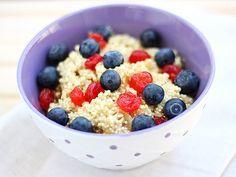Breakfast-Quinoa - Eiweiß zum Frühstück   EAT SMARTER