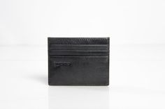 Wallet Order two p Wallets and get a Wallet for FREE! 6 credit card slots 1 pockets Pre-Order Yours at Exclusive Kickstarter and Indiegogo Deals Wallets, Card Holder, Pockets, Free, Rolodex, Purses