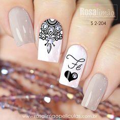 Chic Nail Art, Chic Nails, Stylish Nails, Firework Nail Art, Glitter Nail Art, Latest Nail Designs, Nail Art Designs, Maybelline Nail Polish, Toothpick Nail Art