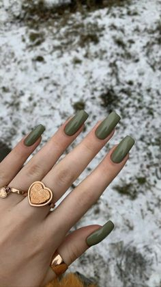 Natural Acrylic Nails, Fall Acrylic Nails, Acrylic Nail Designs, Fall Gel Nails, Green Nail Designs, Minimalist Nails, Nail Swag, Acylic Nails, Funky Nails